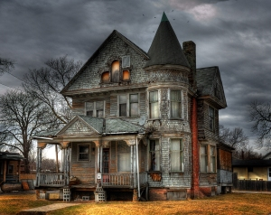 Would you enter??? My scariest Halloween story takes place in a 'haunted' house
